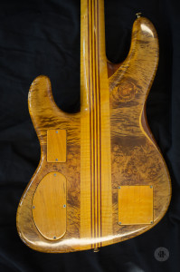 Neuser Custom 4-String bass